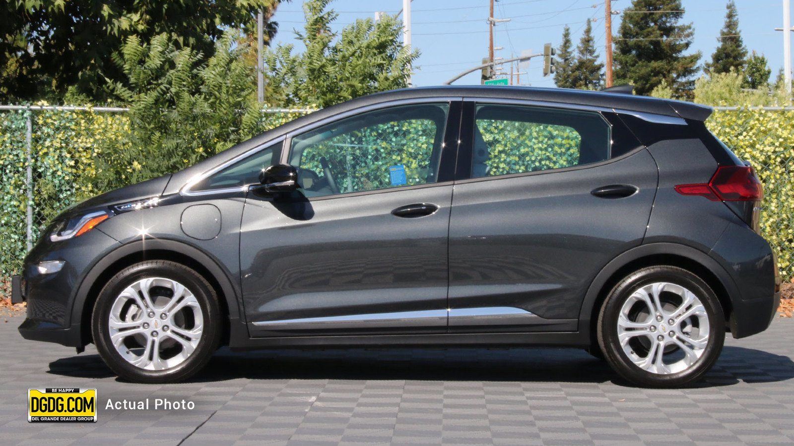 Pre-Owned 2020 Chevrolet Bolt EV LT