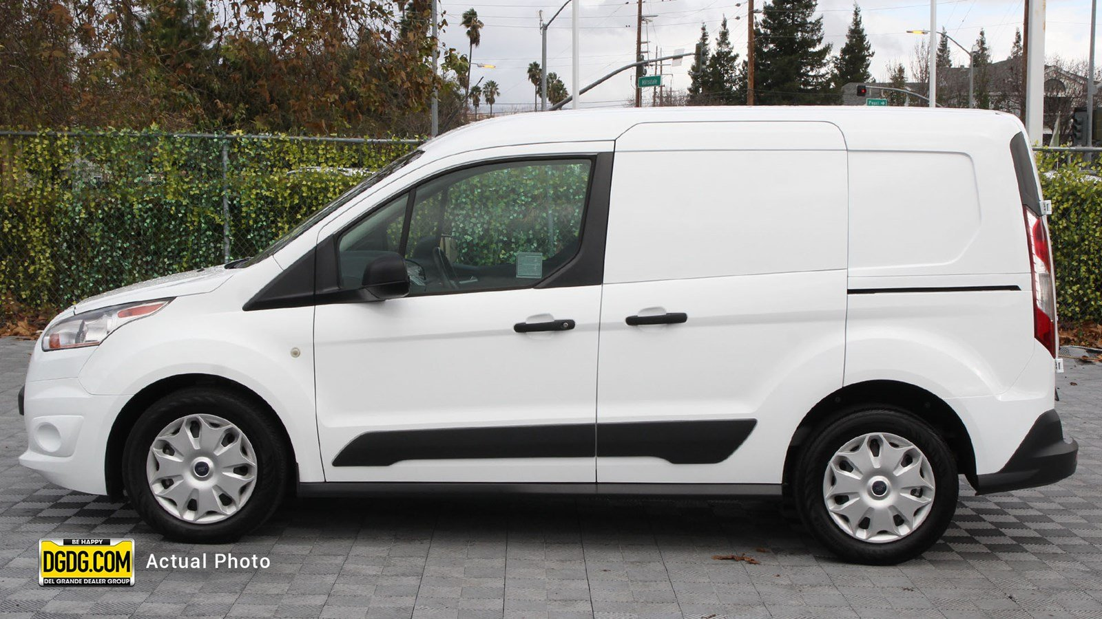 Pre-Owned 2017 Ford Transit Connect XLT