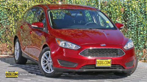 2015 Ford Focus SE FWD 4D Hatchback